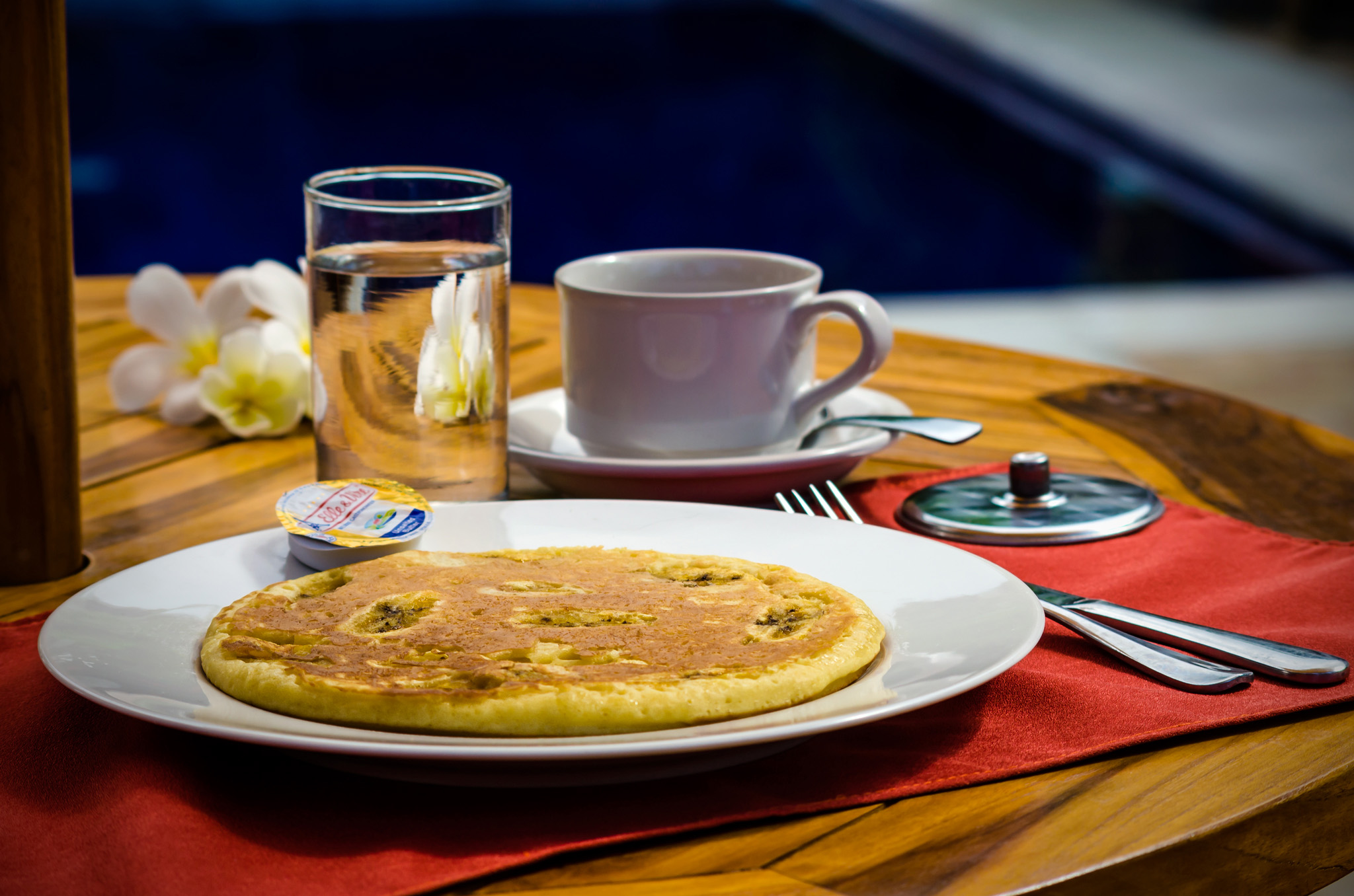 Ima Guest House Breakfast banana pancake. We prepare a list of small menus both Western and Indonesian style in case you like to stay at our guest house for lunch or dinner. All menus are fully vegetarian.